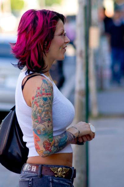 Aolorful Tattoos Of Cupcakes On Right Shoulder