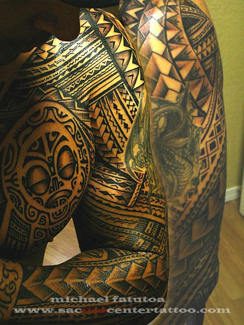 attractive samoan chest and sleeve tattoos photo 3 2017 real photo pictures images and. Black Bedroom Furniture Sets. Home Design Ideas