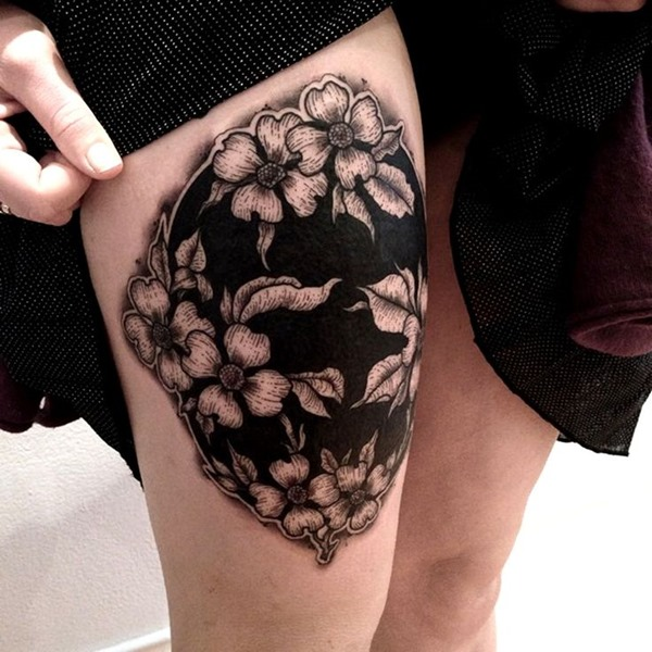 Awesome Thigh Tattoos For Women