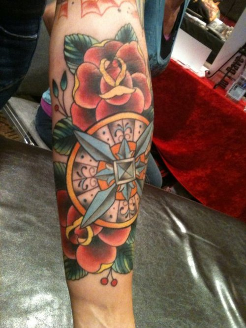 Beautiful Traditional Compass And Rose Tattoos