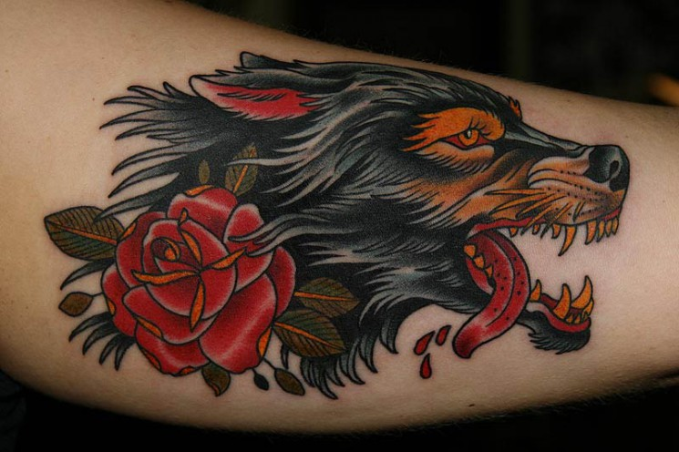 Bloody Traditional Wolf Tattoo Design