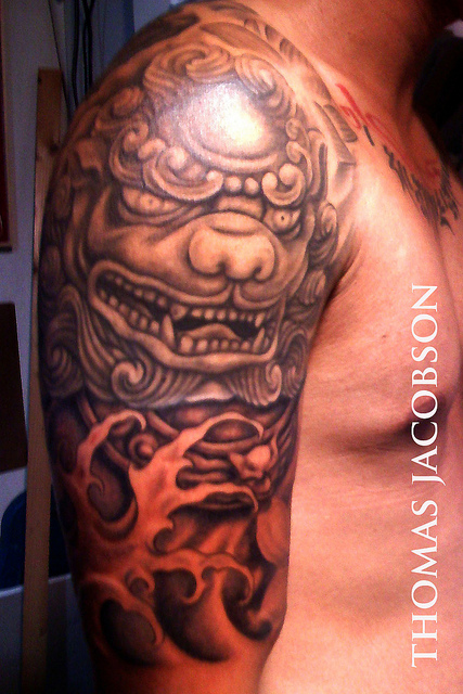Blue Foo Dog Half Sleeve Tattoo For Men