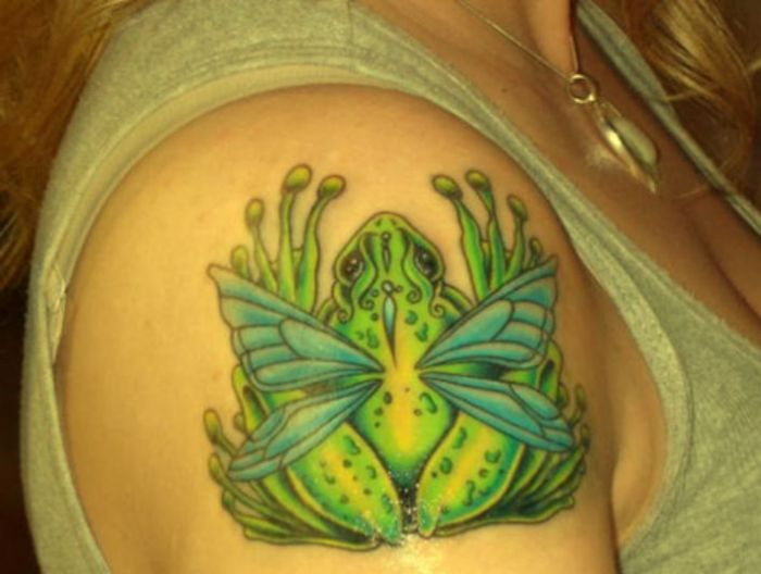 Butterfly Wings Frog Tattoo On Right Shoulder