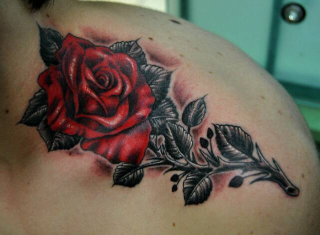 Clean 3D Rosary And Cross Tattoos On Back Shoulder