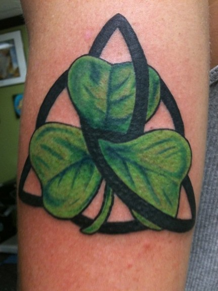 Clover And Black Ink Triangle Knot Tattoos