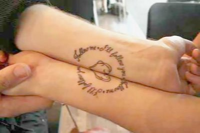 Couple Tattoo Design On Hands