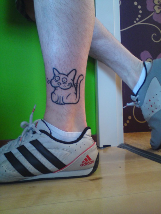Cute Cat Tattoo Design On Leg