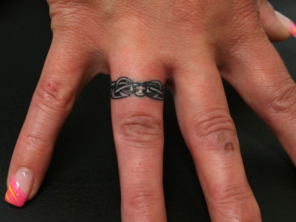 Cute Ring Finger Tattoo For Couples