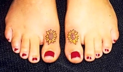 Cute Sunflower Tattoos On Toes