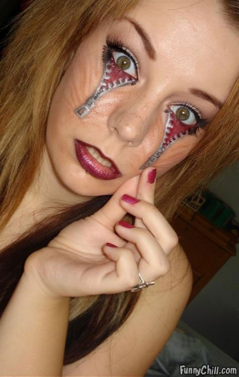 Extreme Face Tattoo Picture