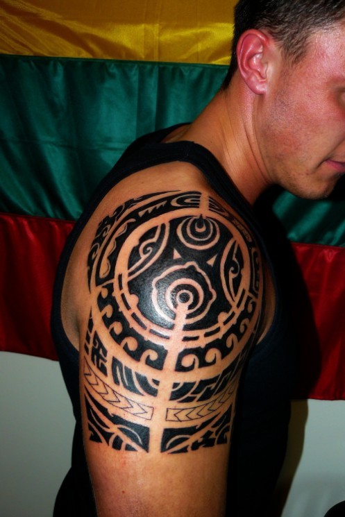 Fantastic Sun Tribal Tattoo For Back Shoulder