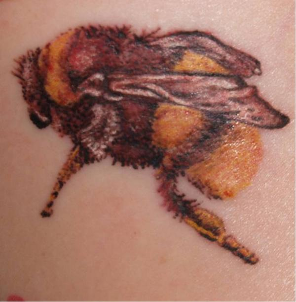 Fuzzy Bumble Bee Tattoo