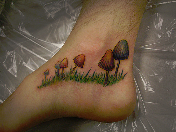Green Frog Tattoo On Left Foot