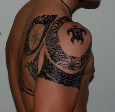 Hawaiian Tattoo On Shoulder For Men