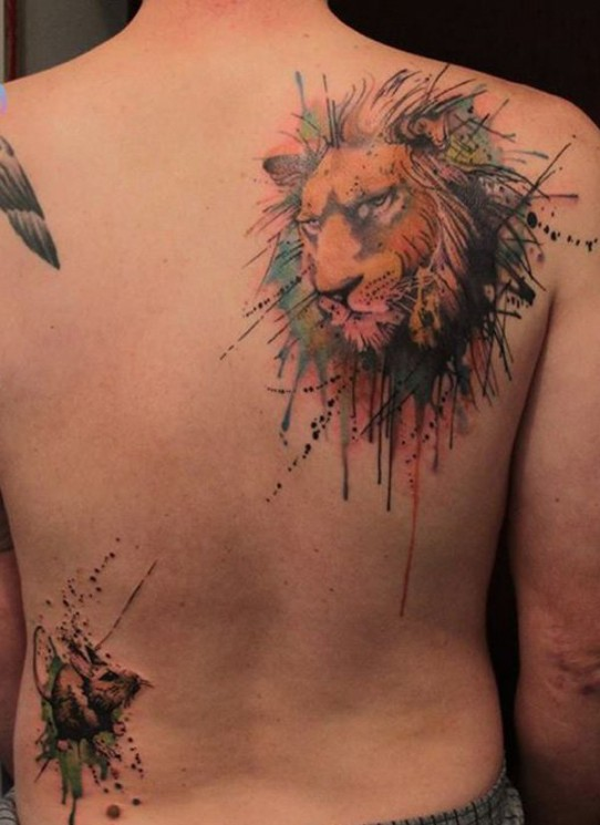 Lion Watercolor Tattoo On Right Back Shoulder