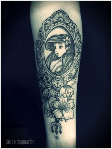 Little Mermaid Mirror And Flowers Tattoo Design