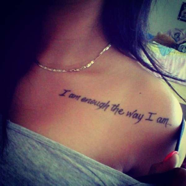Love Wording Tattoo On Lips For Couple