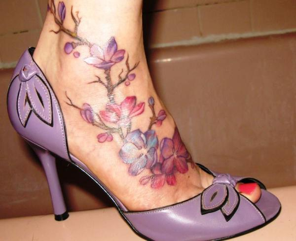 New Green Vine Tattoo For Foot