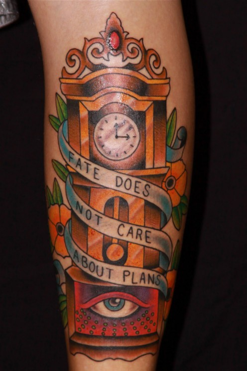 Old Wooden Hour Glass Tattoo Design