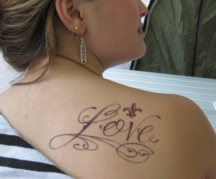 Outstanding Baby Tattoo On  Shoulder Back