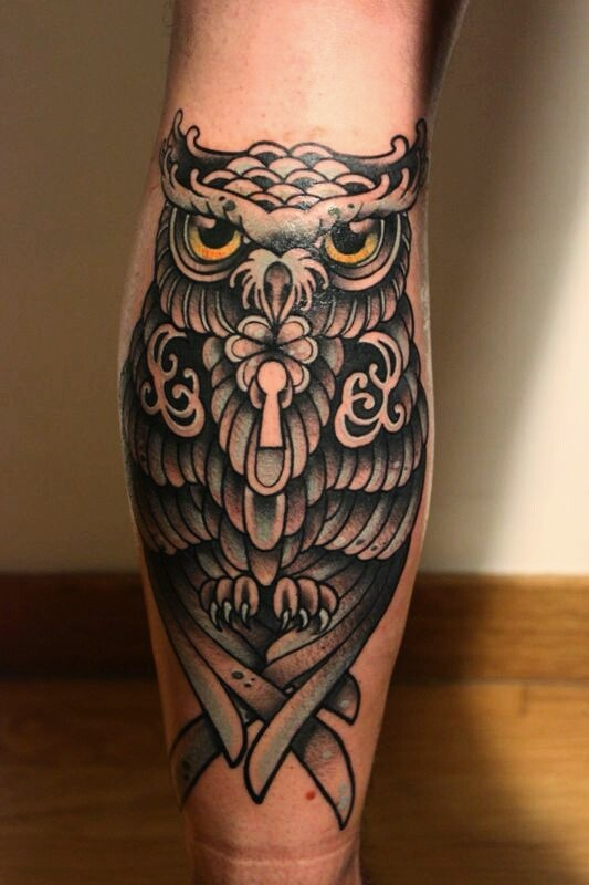 owl with old hour glass tattoo on leg photo 3 2017 real photo pictures images and sketches. Black Bedroom Furniture Sets. Home Design Ideas