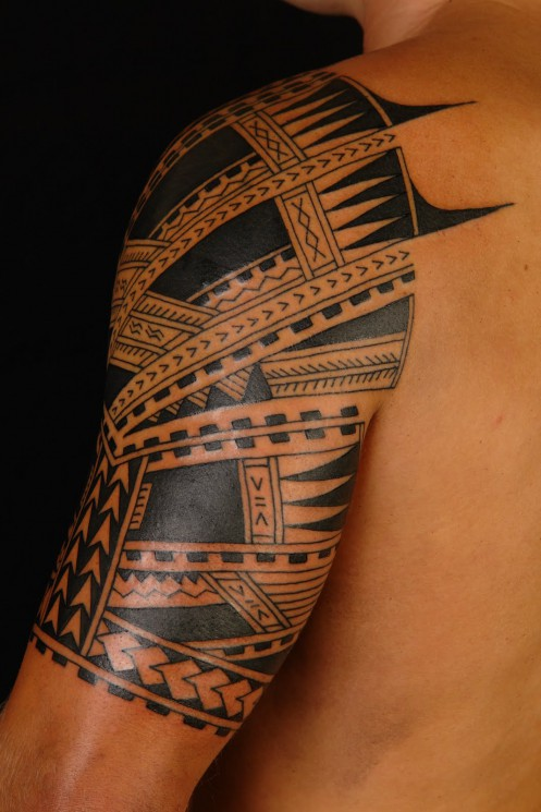 Polynesian Maori Lion Tattoo On Half Sleeve
