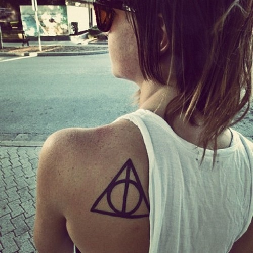 Shoulder Tattoo Fashion For Girls
