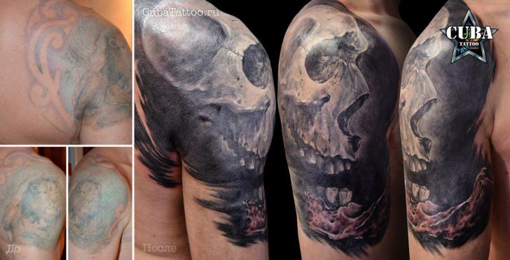 Skull Shoulder Cover Up Tattoos