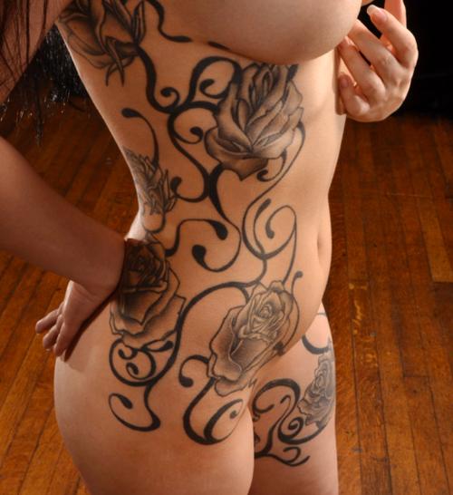 Spiral Clock With Vine Tattoo On Back Shoulder