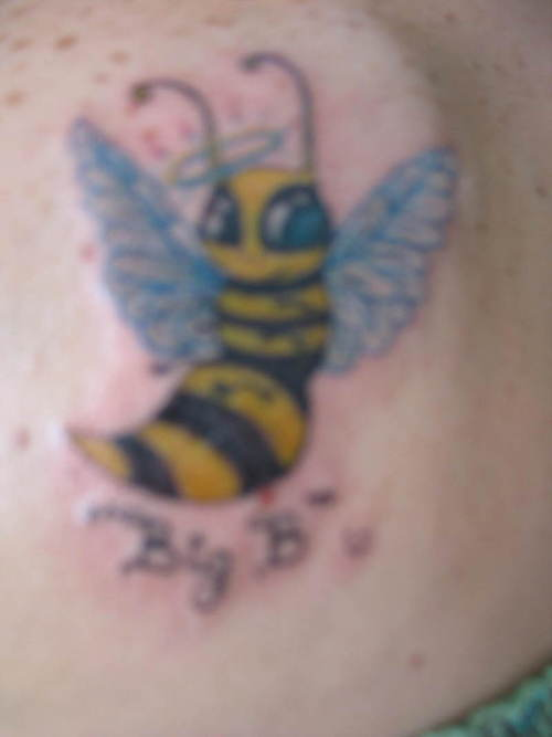 Superb Queen Bee Tattoo Design