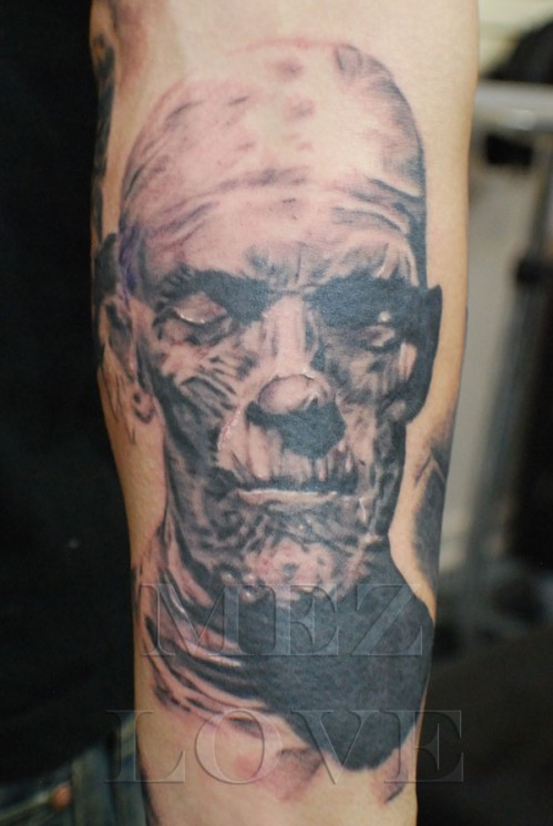 Stunning Eddie Mummy Tattoo