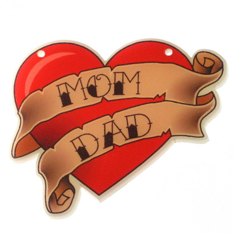 Traditional Heart Tattoo With Mom Dad Banner
