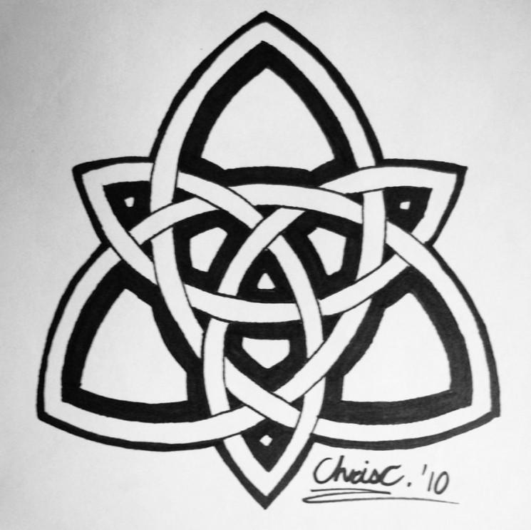 Triquetra Celtic Knot And Stars Tattoo Designs