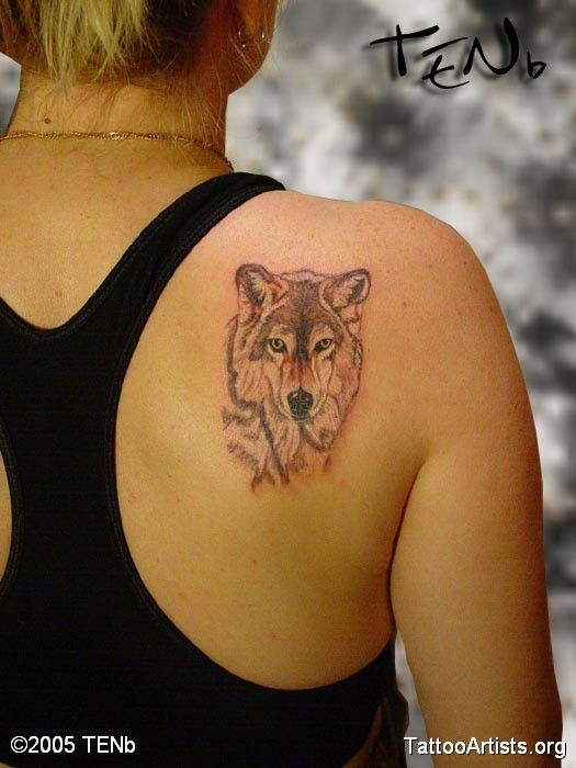 Wolf Head Tattoo On Right Back Shoulder
