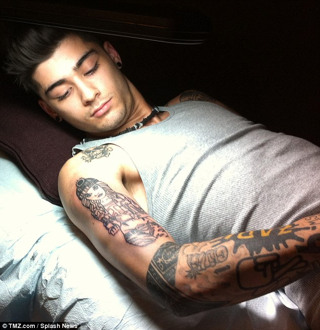 Zayn Malik Yin Yang Tattoo On Wrist