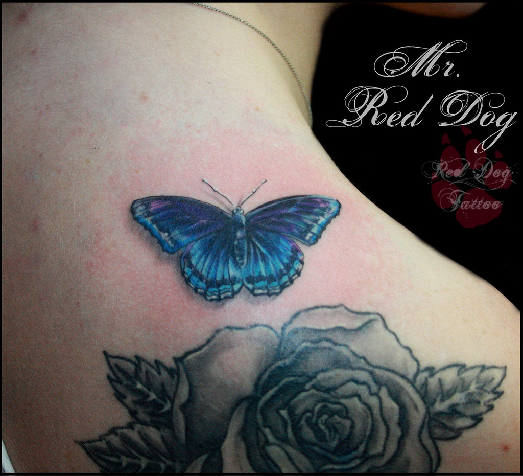 3D Monarch Butterfly Tattoos On Right Back Shoulder photo - 2