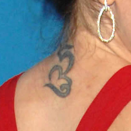 Alyssa Milanos Back Neck Tattoo photo - 2