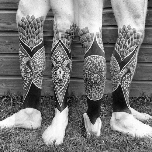 Amazing Tribal Tattoo For Leg photo - 1