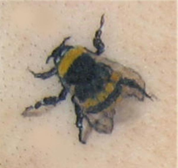 Bumble Bee Tattoo Picture photo - 1