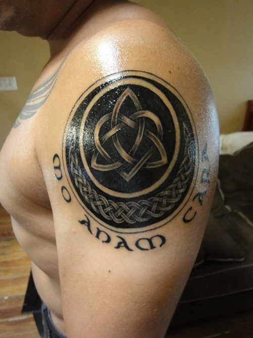 Celtic Style Moon Tattoo On Shoulder photo - 2