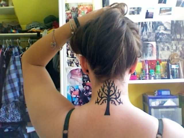 Dark Black Tribal Neck Tattoo photo - 1