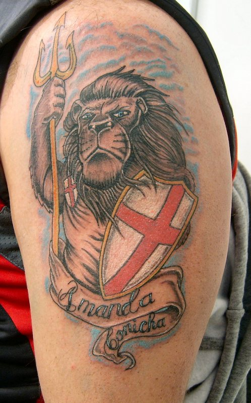 England Lion Tattoo Designs On Back photo - 1