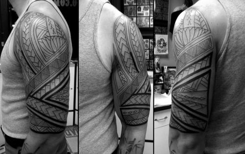 Fantastic Tribal Armband Tattoo For Guys photo - 2