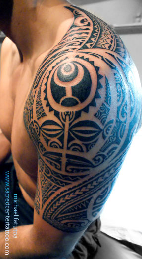 Hawaiian And Polynesian Tribal Tattoos On Shoulder photo - 3