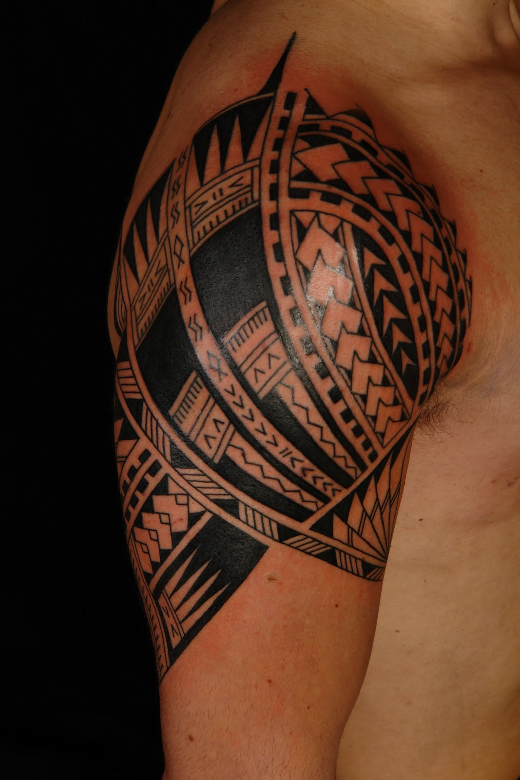 Hawaiian Polynesian Tribal Tattoo For leg photo - 2