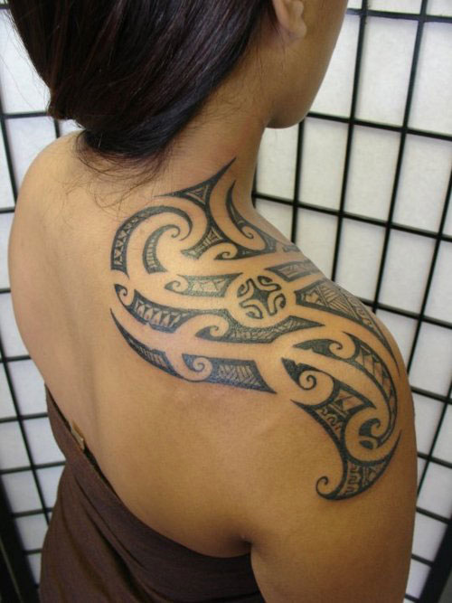 Hawaiian Tribal Tattoo On Shoulder photo - 2