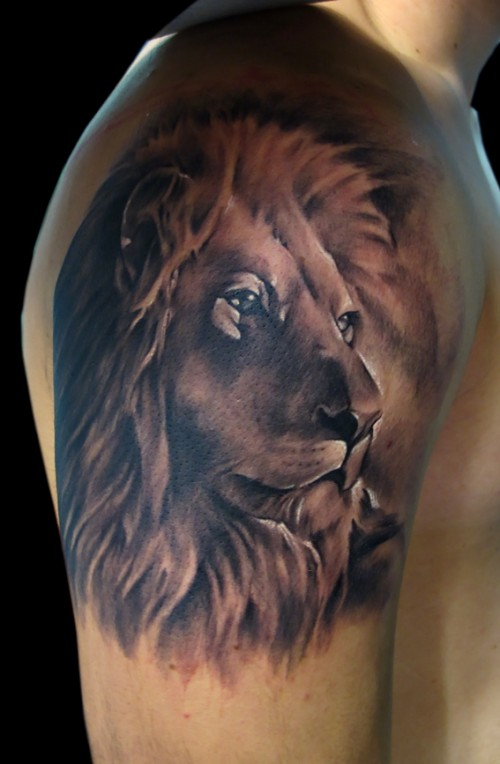 Lion Family Tattoo On Back photo - 3