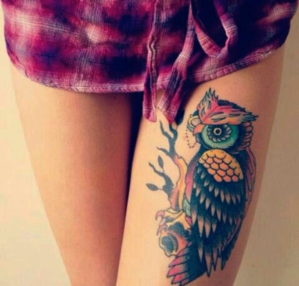Lovely Color Owl Tattoos On Thigh photo - 1