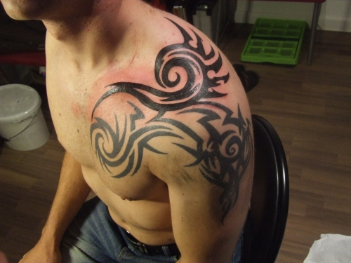 New Animal And Tribal Tattoos On Shoulder photo - 1