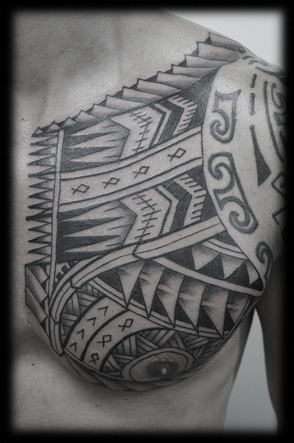 Samoan Tribal Tattoos On Chest photo - 3